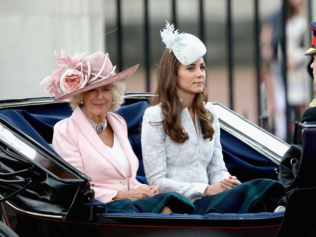 Camilla Parker Bowles und Herzogin Kate