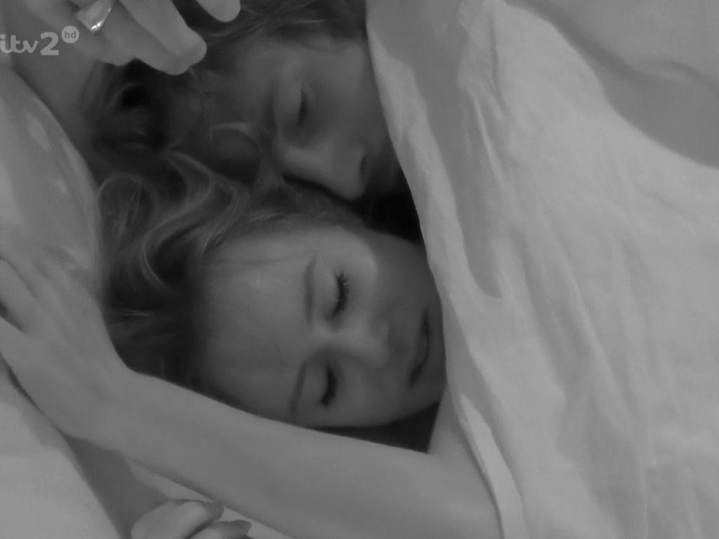 """Camilla Thurlow und Jamie Jewitt bei """"Love Island"""""""