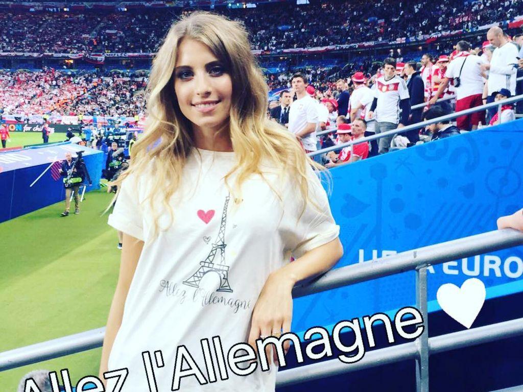 Cathy Hummels im Stade de France