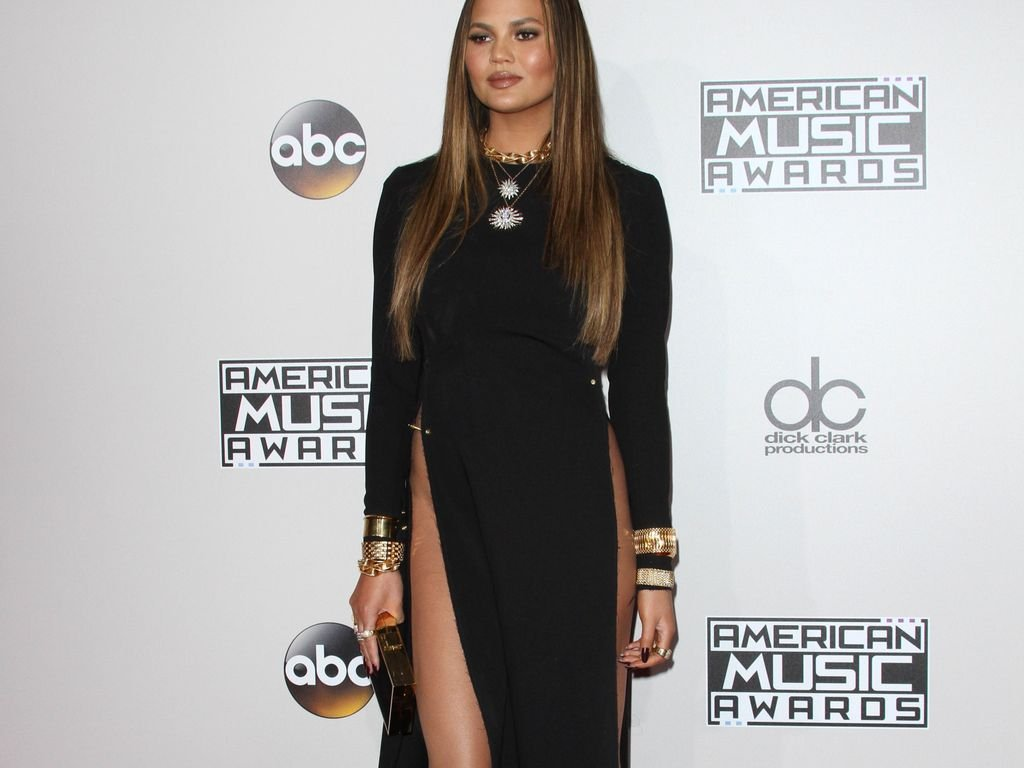 Chrissy Teigen bei den American Music Awards 2016