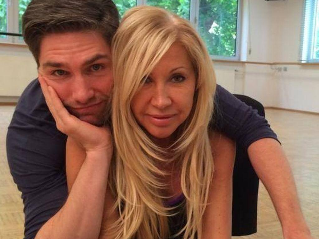 Carmen Geiss: Später Hochzeitstanz mit Christian  Promiflash.de