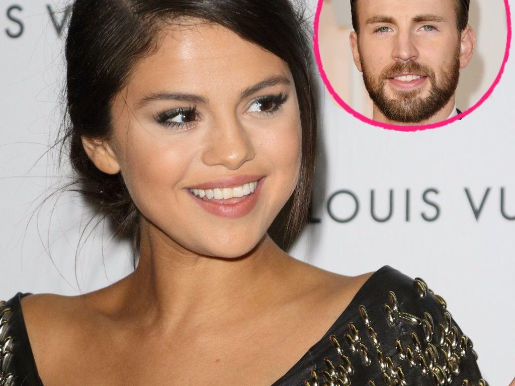 Selena Gomez und Chris Evans