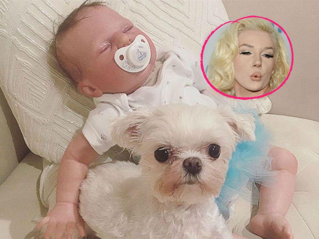 Courtney Stodden mit ihrer Babypuppe