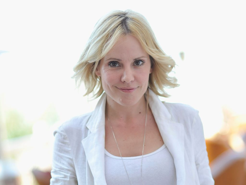 Emma Caulfield unterwegs in Dubai