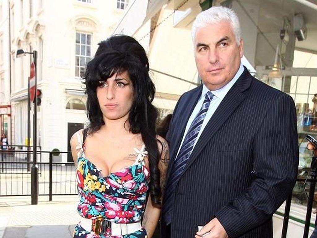 Amy Winehouse und Mitch Winehouse