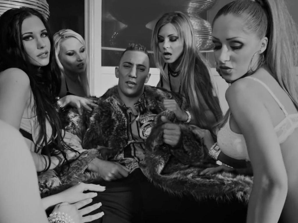 """Farid Bang in seinem Musikvideo zu """"Lutsch"""""""