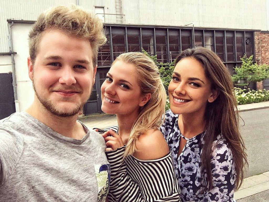 Felix van Deventer mit Valentina Pahde und Janina Uhse