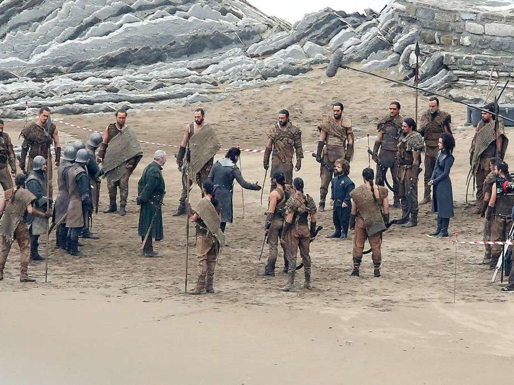 """Game of Thrones"" Set in Spanien mit Kit Harington und Peter Dinklage"