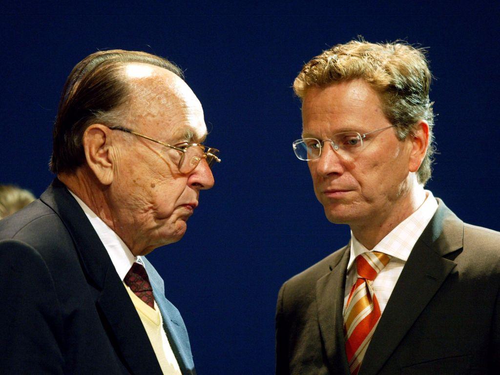 Guido Westerwelle und Hans-Dietrich Genscher