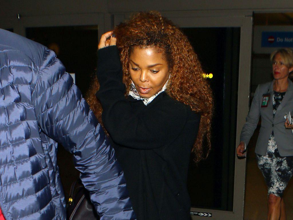 Janet Jackson am Flughafen in L.A.