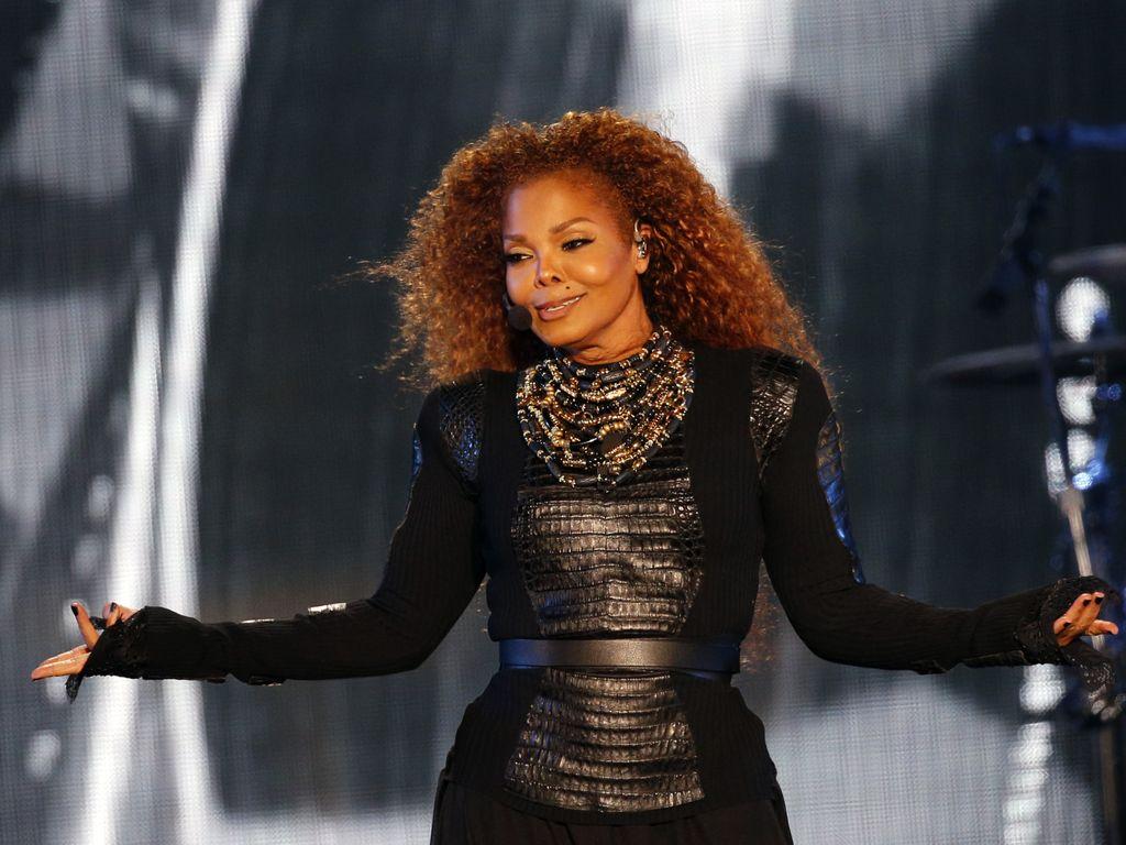Janet Jackson bei einem Konzert in Dubai im März 2016