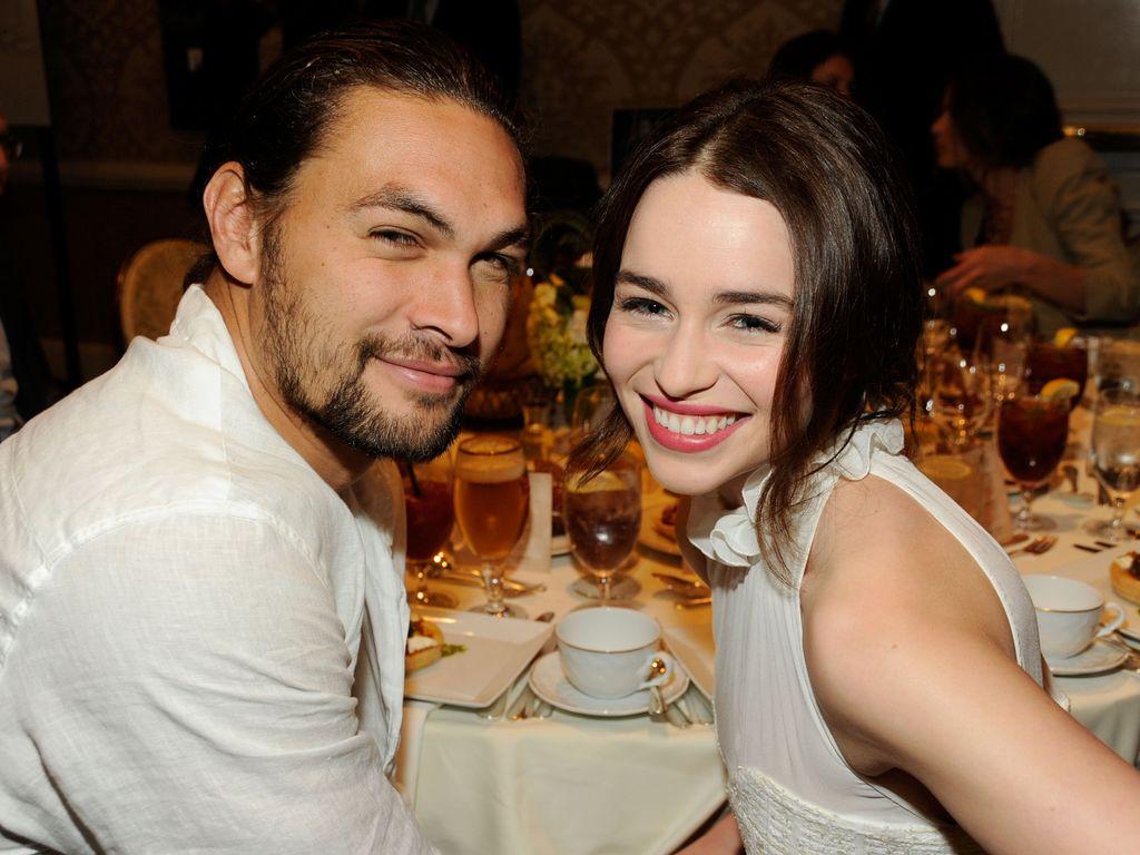 Emilia Clarke und Jason Momoa