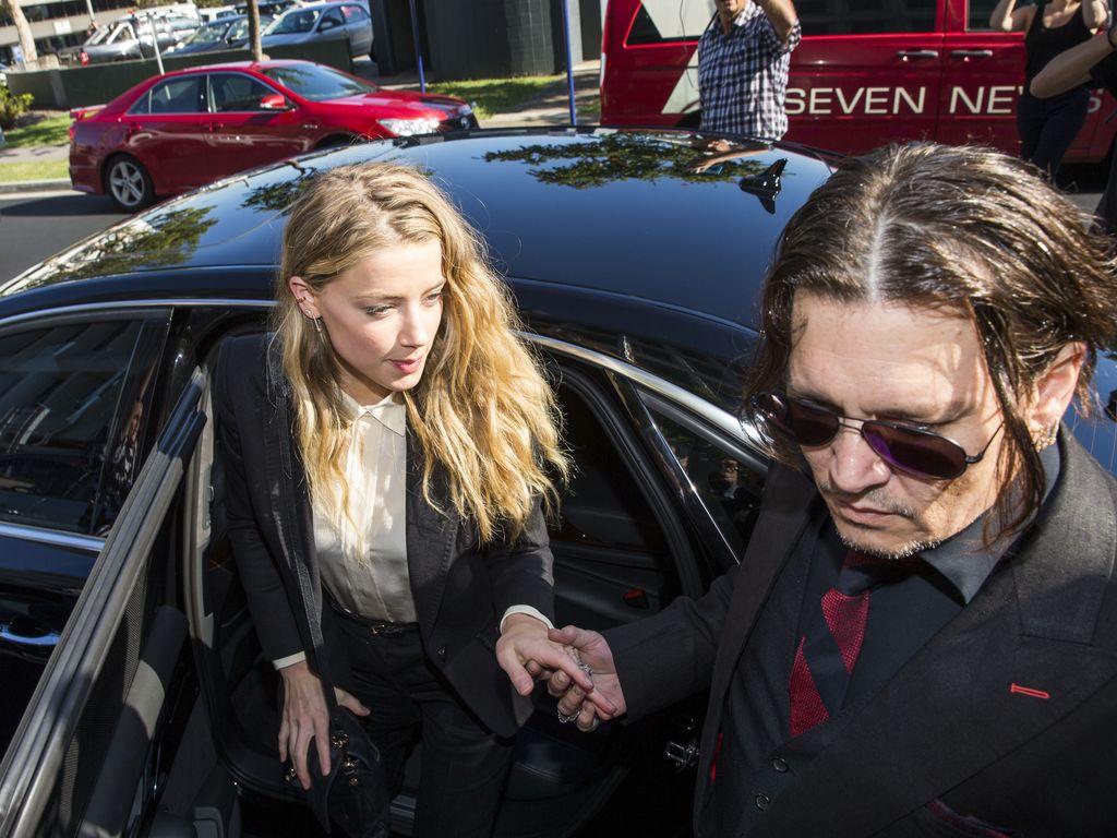 Amber Heard und Johnny Depp in Australien auf dem Weg ins Gericht
