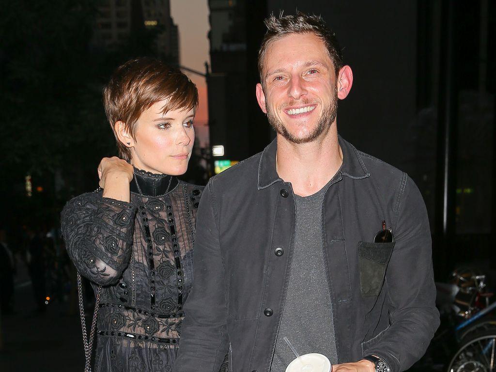 Jamie Bell und Kate Mara