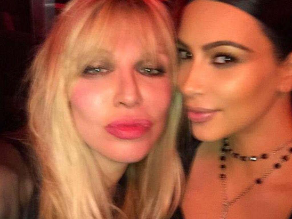 Kim Kardashian und Courtney Love