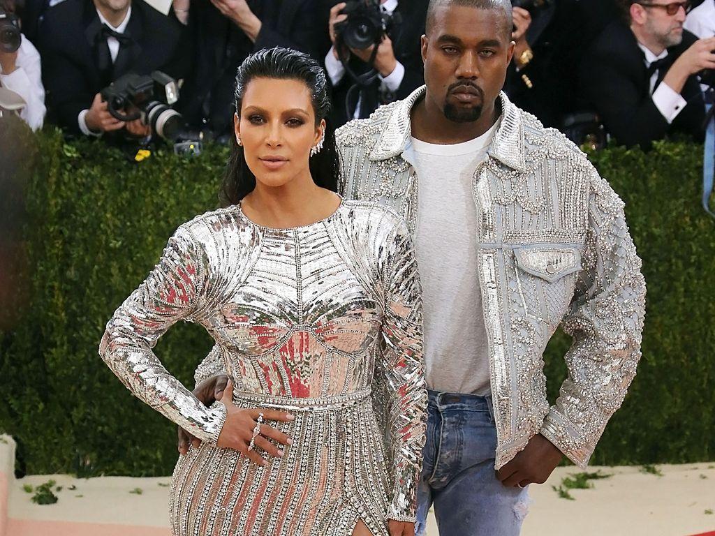 Kim Kardashian und Kanye West bei der Met Gala in NYC
