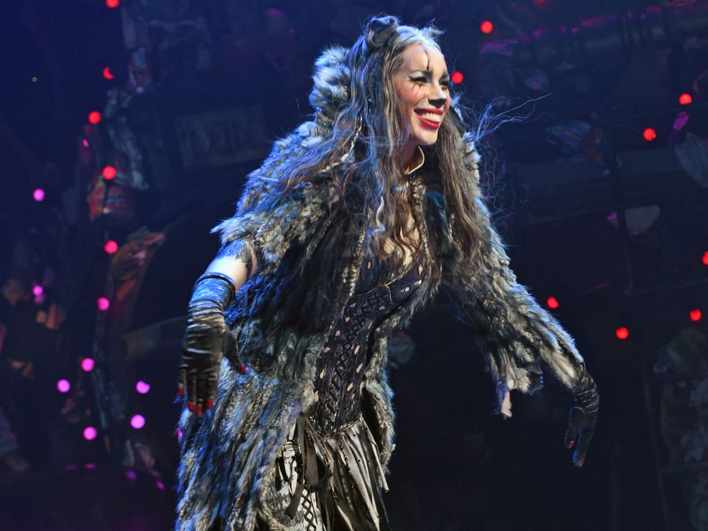 "Leona Lewis in ihrer Rolle im Musical ""Cats"""