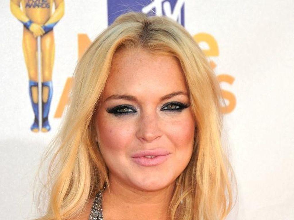 Lindsay Lohan gewährt gewohnt tiefe Einblicke
