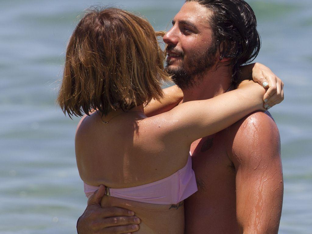 Lucy Hale mit Anthony Kalabretta auf Hawaii