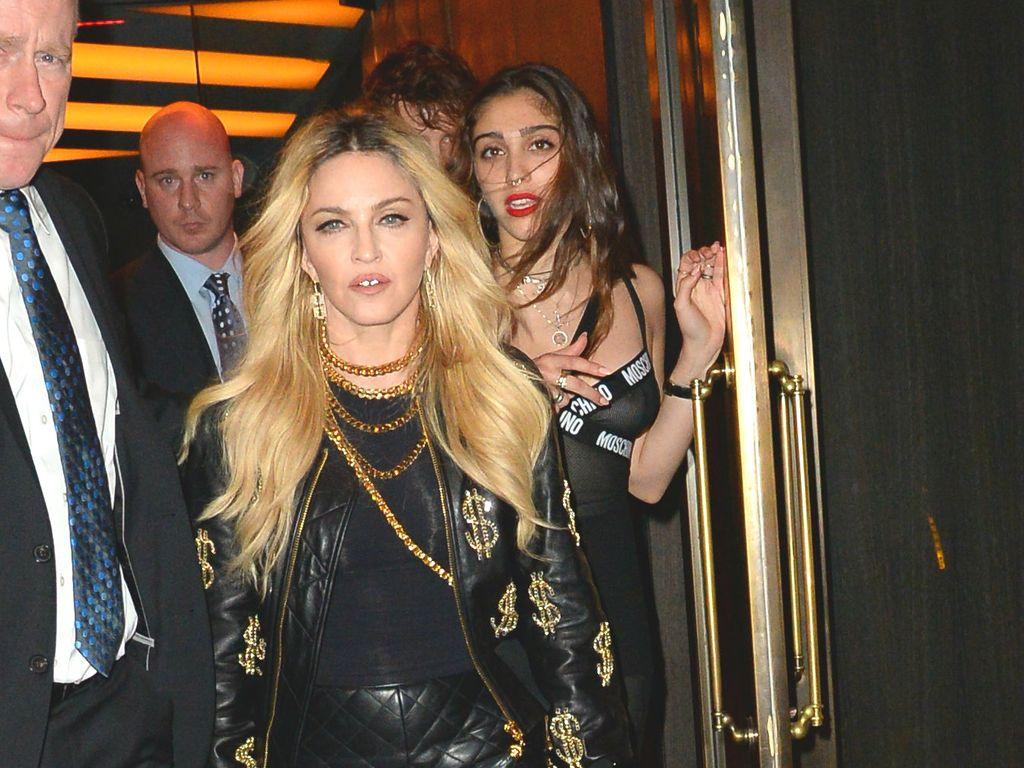 Madonna und Lourdes