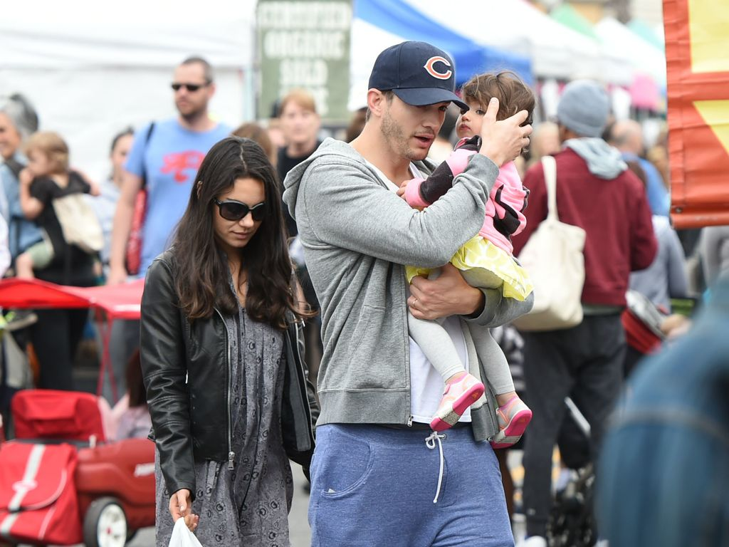 Mila Kunis und Ashton Kutcher mit Tochter Wyatt