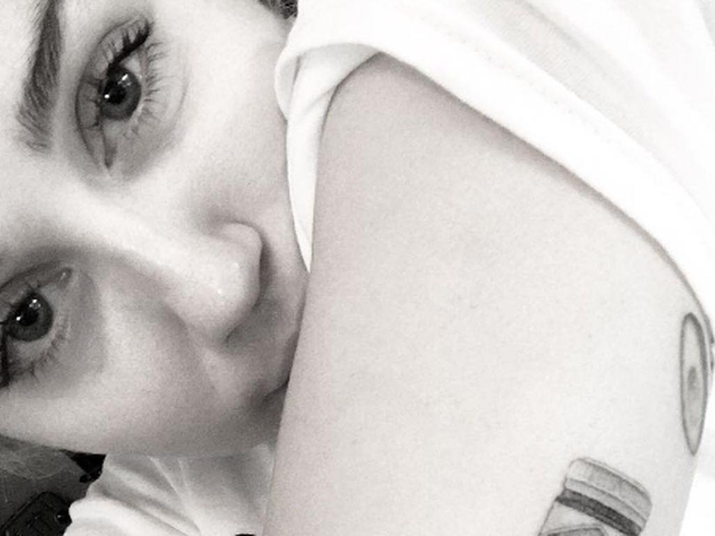 Tattoo-Fan Miley Cyrus