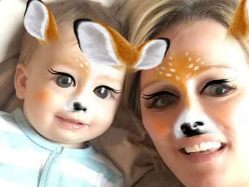 Monica Ivancan mit ihrem Sohn Anton