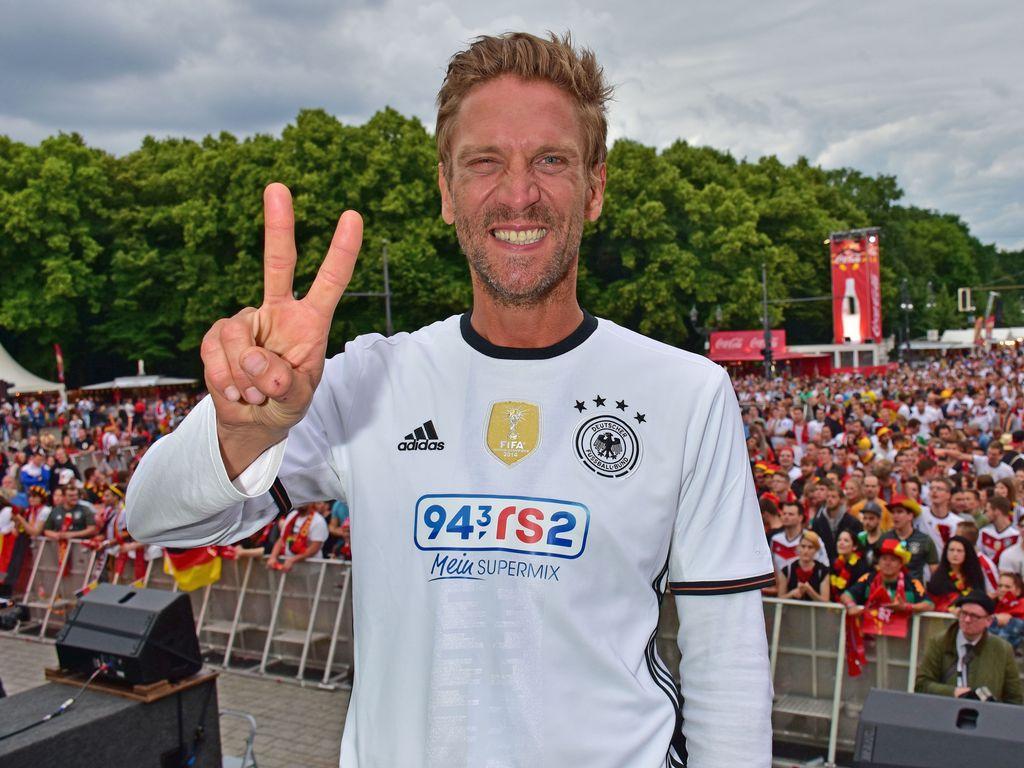 Peer Kusmagk auf der Fanmeile in Berlin