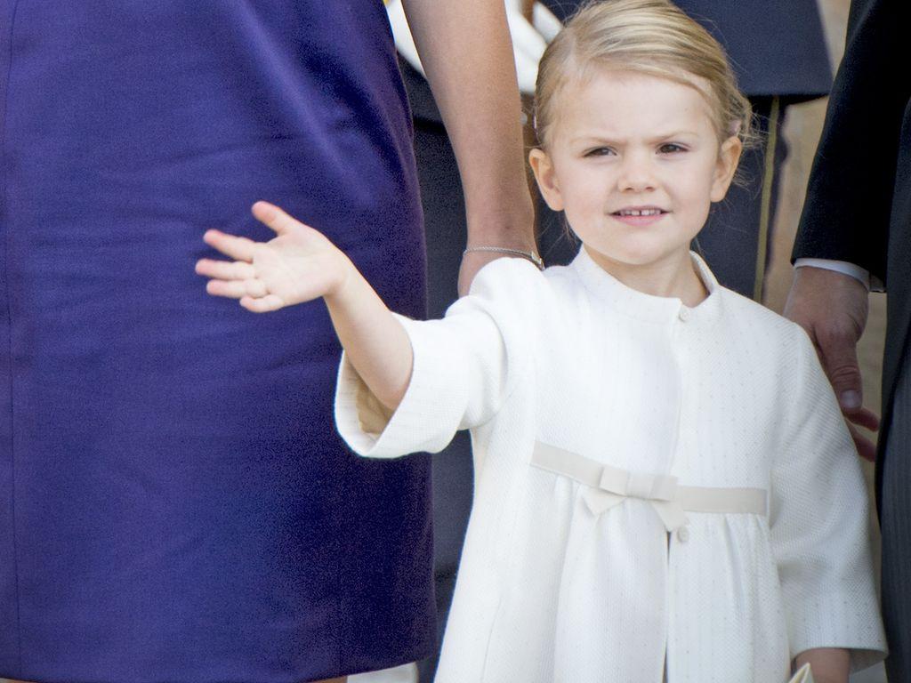 Prinzessin Estelle von Schweden und Prinzessin Victoria von Schweden