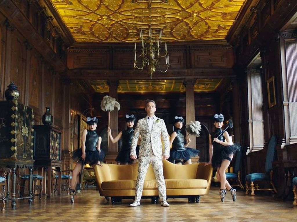 "Robbie Williams' neues Video ""Party Like A Russian"""