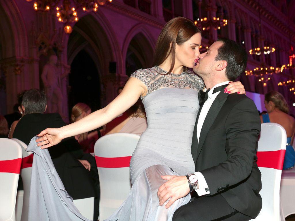 Angelina Heger und Rocco Stark beim Wiener Opernball