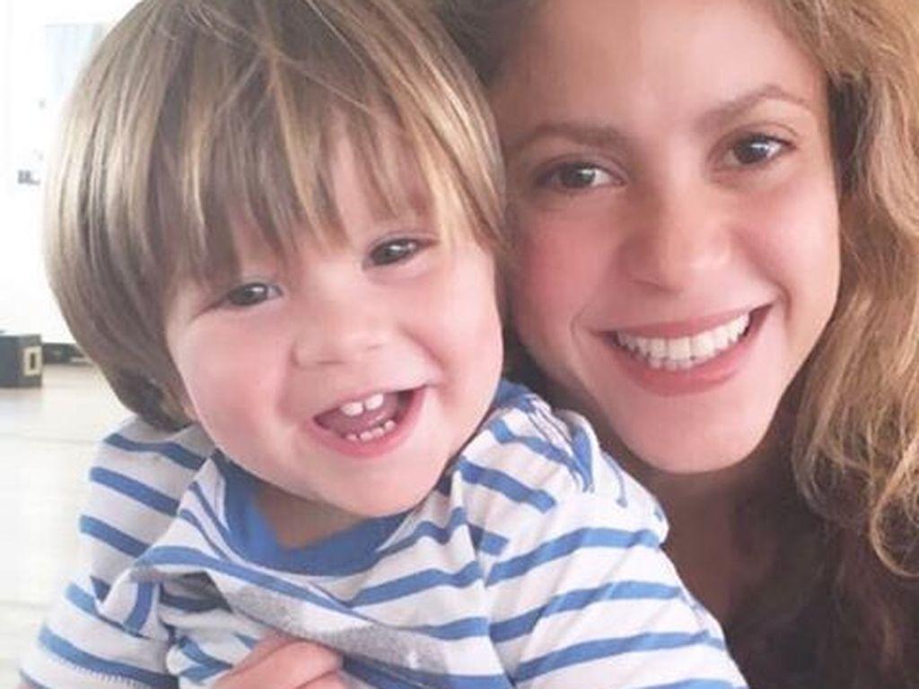 Shakira mit Söhnchen Sasha