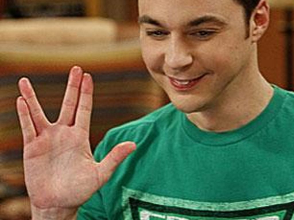 Sheldon Cooper macht den Vulkanier-Gruß