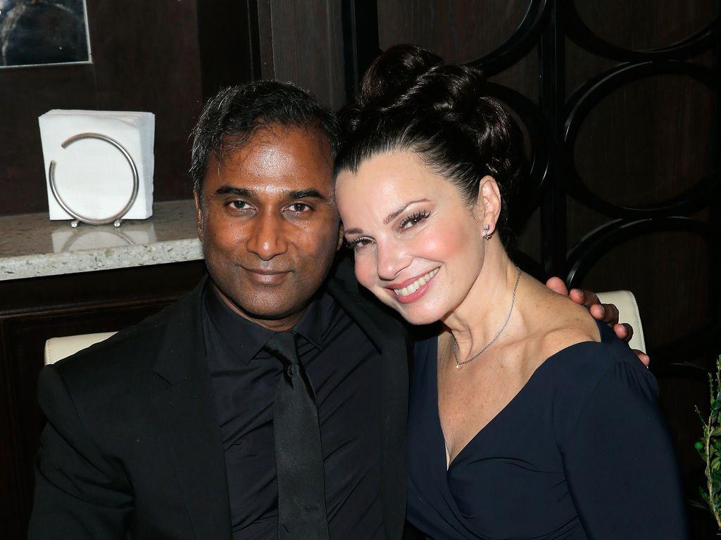 Shiva Ayyadurai und Fran Drescher bei einem Gala Dinner in New York