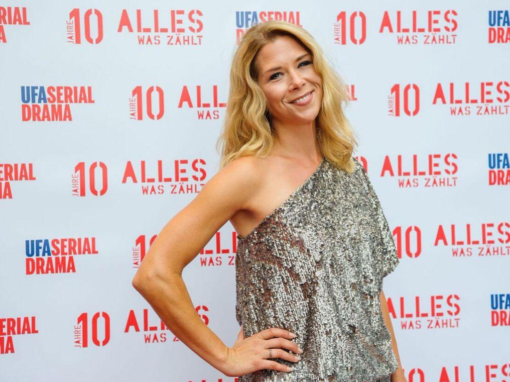 """Tanja Szewczenko auf der """"10 Jahre 'Alles was zählt'""""-Feier in Köln"""