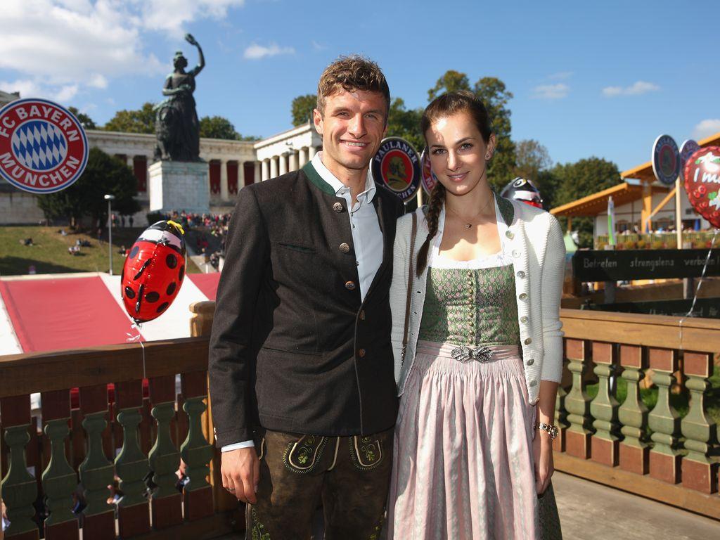 Thomas Müller und Lisa Müller auf dem Oktoberfest