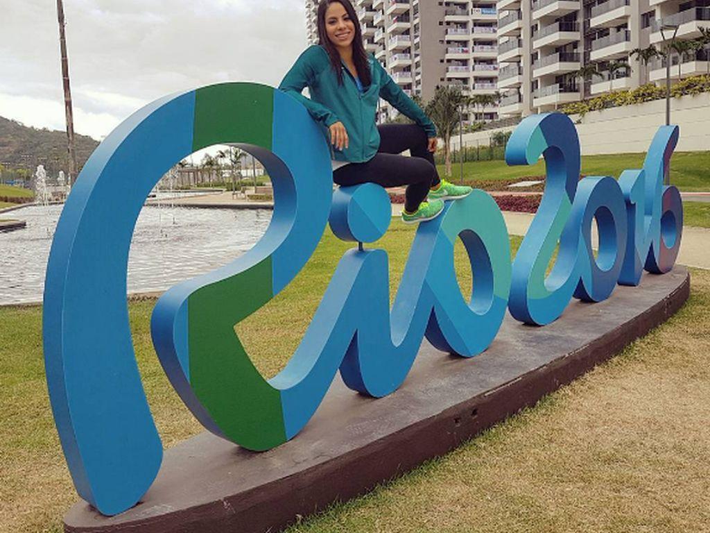 Turmspringerin Ingrid De Oliveira bei den Olympischen Spielen in Rio