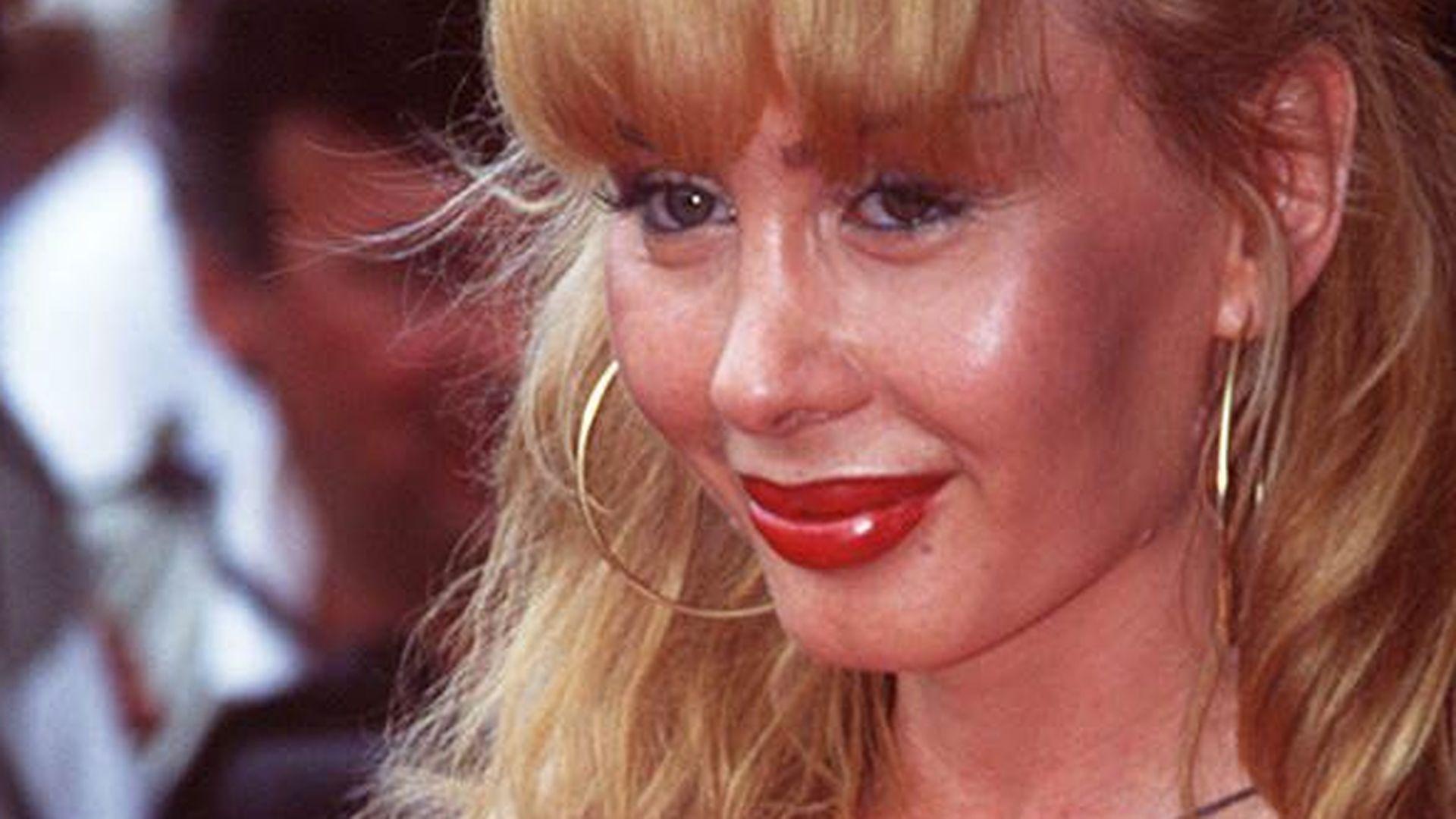Dolly buster wie alt