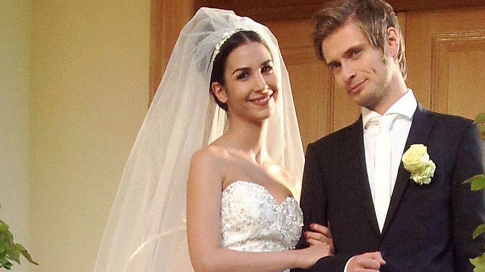 Atemberaubend Hochzeitskleid Spende Ideen - Brautkleider Ideen ...
