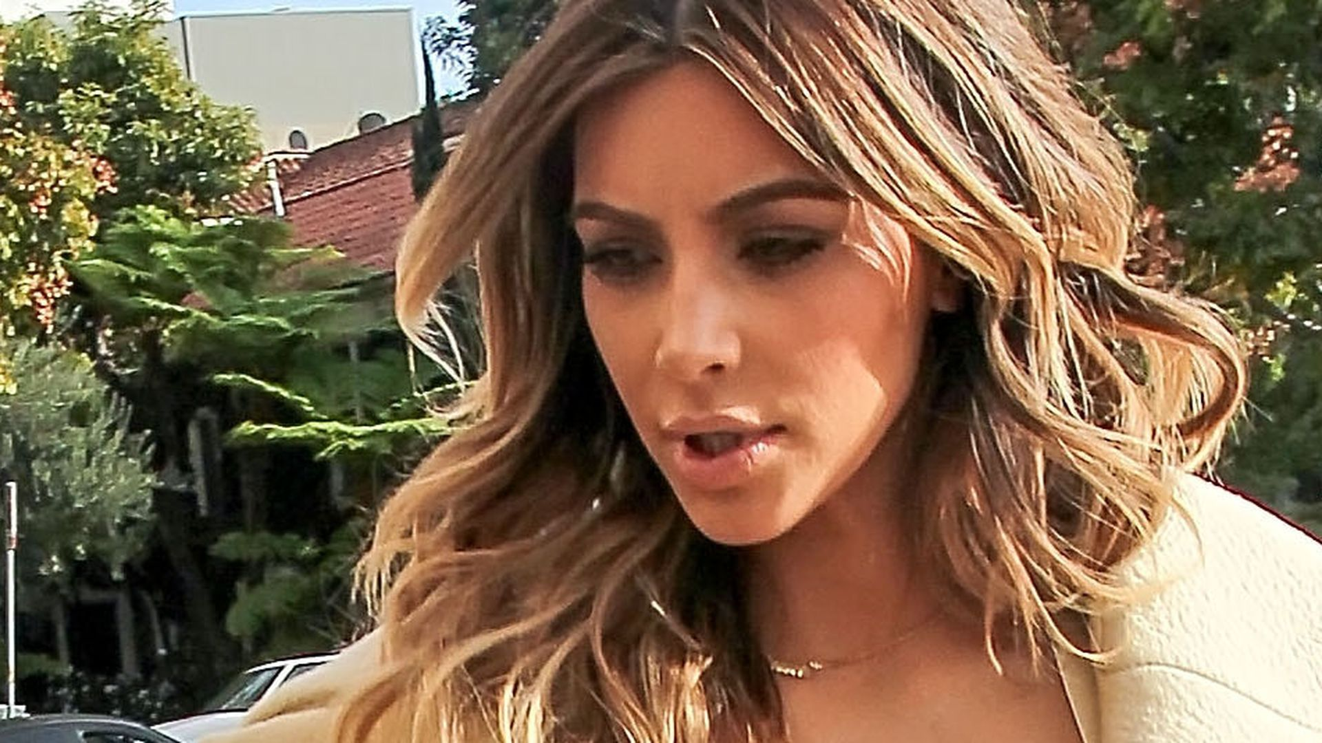 Hochgepusht! Kim Kardashian zeigt XXL-Dekolleté