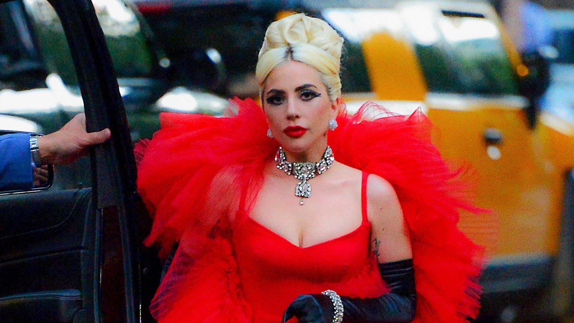 Elegant und sexy: Lady Gaga begeistert Fans mit Paris Look