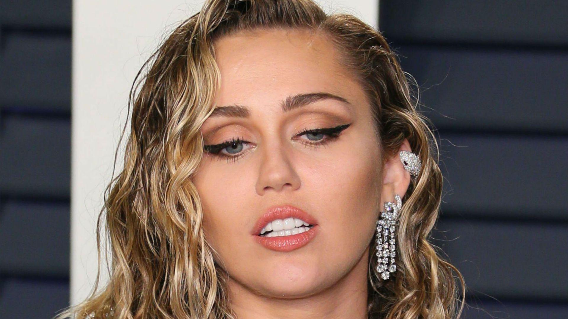 Unerwartet: Miley Cyrus hat gerade sehr viel FaceTime-Sex