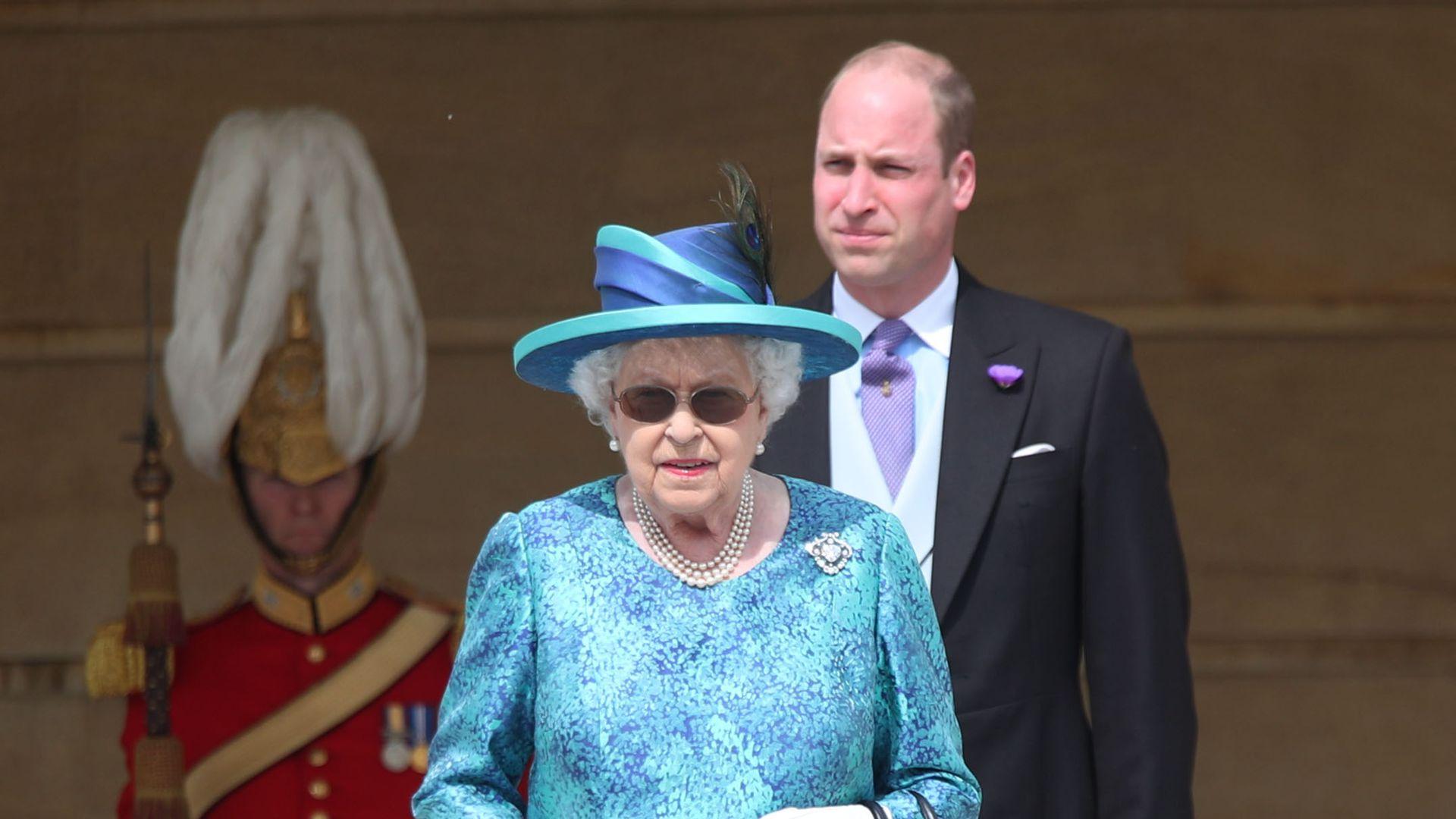 Mit 92 Jahren Queen Elizabeth Ii Wurde An Augen Operiert