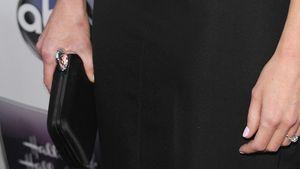 Alexis Bledel präsentiert ihren Verlobungsring