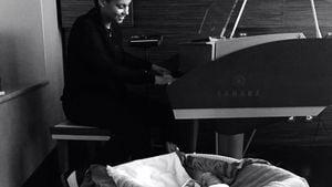 Alicia Keys ist mit Genesis Ali Dean im Tonstudio