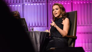 """""""Charmed""""-Star Alyssa fordert Frauen zum Sex-Streik auf"""