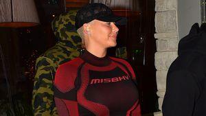 Nach Geburt: Amber Rose in Ski-Unterwäsche im Restaurant