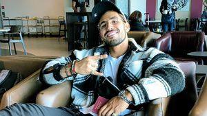 """Keine Sixpack-Diät: So relaxt schlemmt """"Love Island""""-Amin"""