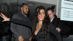Amy Winehouse macht den Ententanz
