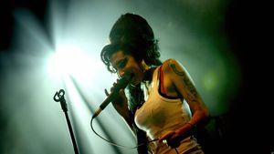 Als Hologramm: Amy Winehouse (†27) zurück auf der Bühne
